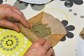 vegejustyna: Elastyczne naleśniki wegańskie i krokiety z paszte...