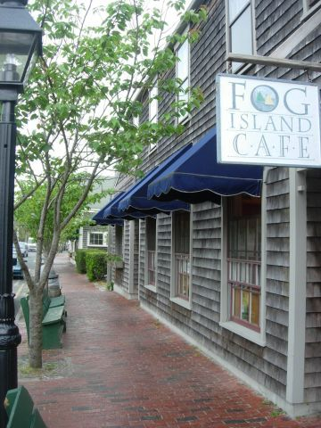imgoingcoastal:    Fog Island Cafe, Downtown Nantucket  CLICK THE PIC and Learn how you can EARN MONEY while still having fun on Pinterest