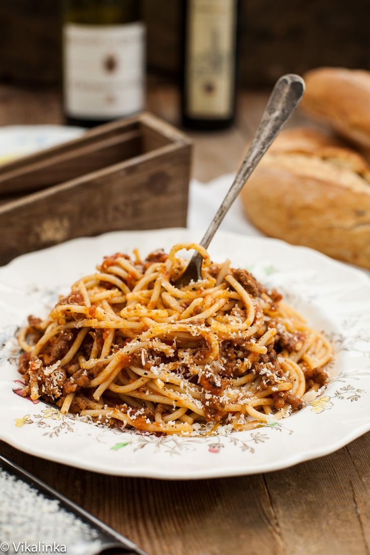 Spaghetti Bolognese // Would definitely make again. I added two chopped, half de-seeded jalapenos, a generous cup of red wine (cabernet), as well as two bay leaves while it was simmering, as well as