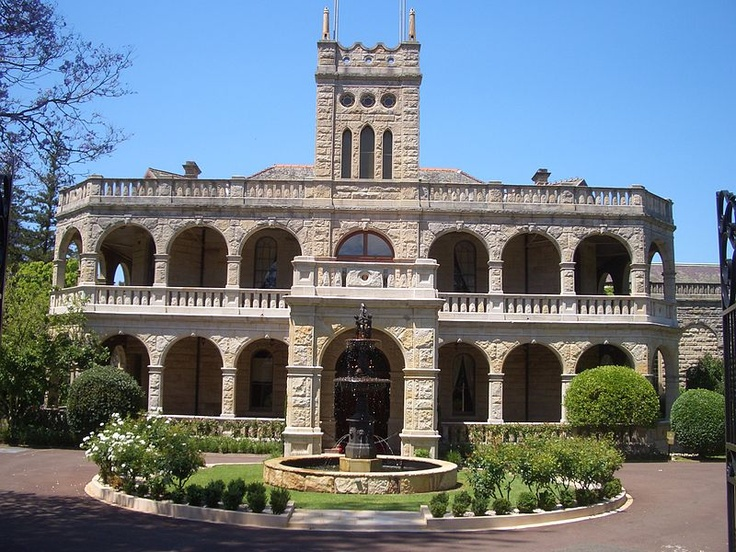 Located at 53 Agincourt Road, Marsfield, Curzon Hall is an architectural splendour built in the 1890s by entrepreneur Harry Smith. Italian Renaissance style with graceful arches and colonnades built with local sandstone. It is now a function centre and a popular venue for social functions and conferences. #Marsfield #CurzonHall #RydeLocal #CityofRyde
