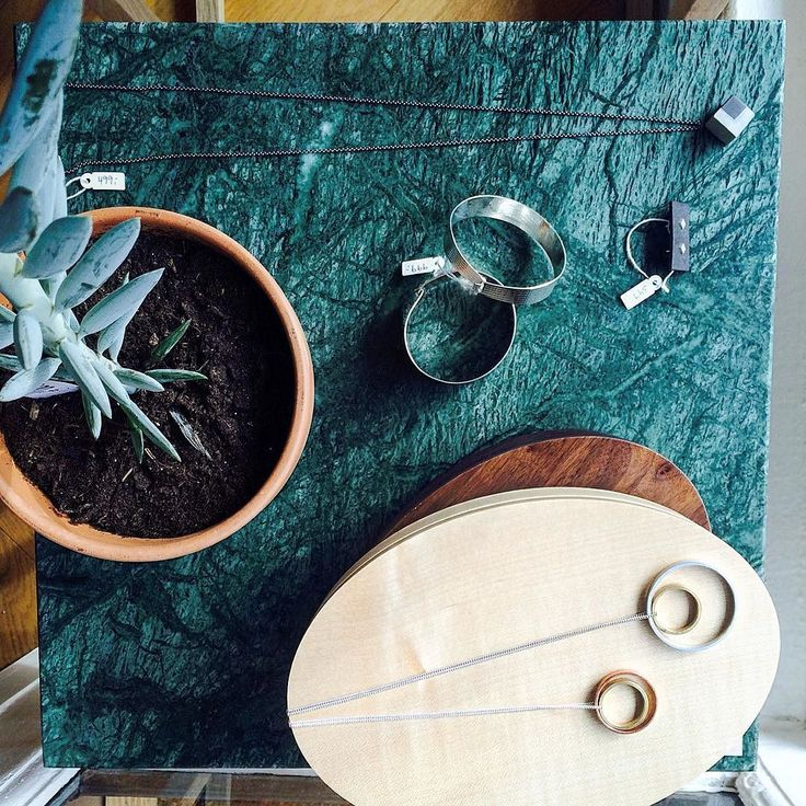 Style yourself gorgeous with beautiful Nordic jewelry from Thorning Astrup / aarhus and KOSMOS. Don't forget also to treat your home with something nice - could be this stunning Cube Table from Kristina Dam / Green marbel top and oakwood frame. Get it all at eniito.com or in our Pop-Up shop at Vesterbrogade 204 Copenhagen. For speciel event prices - see link in bio . #eniito #sidetable #jewelrydesign #scandinavianstyle