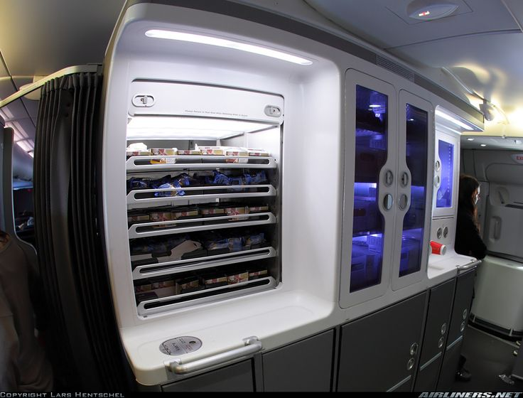 There's a full self-service bar inside the Qantas A380 ...