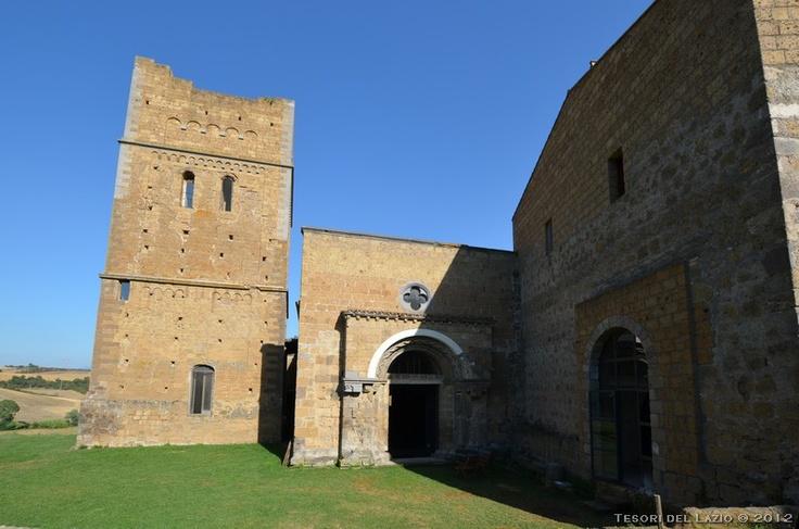 Tuscania (Viterbo) - Abbazia di San Giusto  - Photo M. Pesci (07-2012) - © All rights reserved - Tesori del Lazio