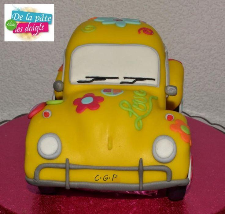 Cake VW Beetle Flower Power