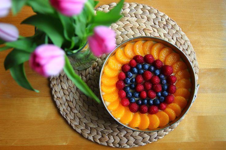 Ovocný dort s vanilkovým krémem / Fruit cake with vanilla cream