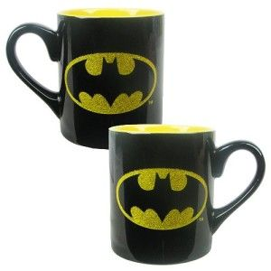 Batman Logo Glitter Mug I am the night. It has the Dark Knight logo on, and just the logo has glitter.