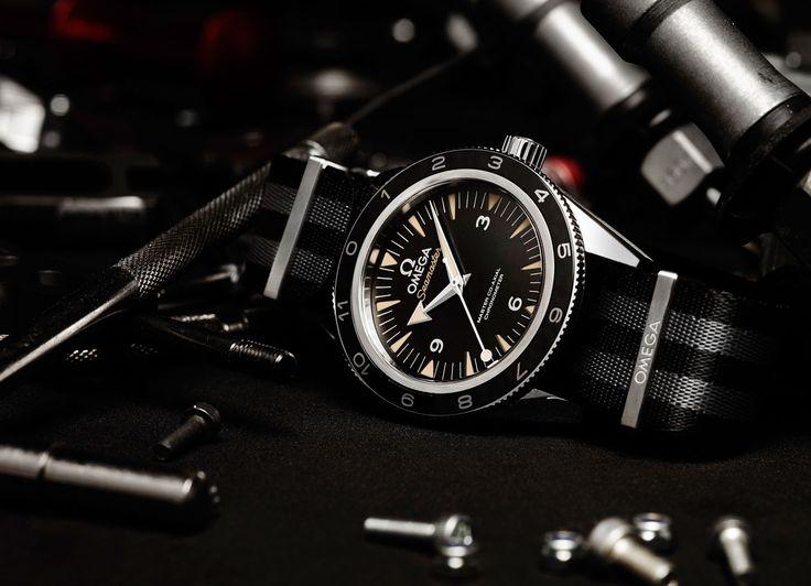 Omega Seamaster 300 'Spectre': un reloj muy Bond, James Bond - http://hombresconestilo.com/omega-seamaster-300-spectre-un-reloj-muy-bond-james-bond/