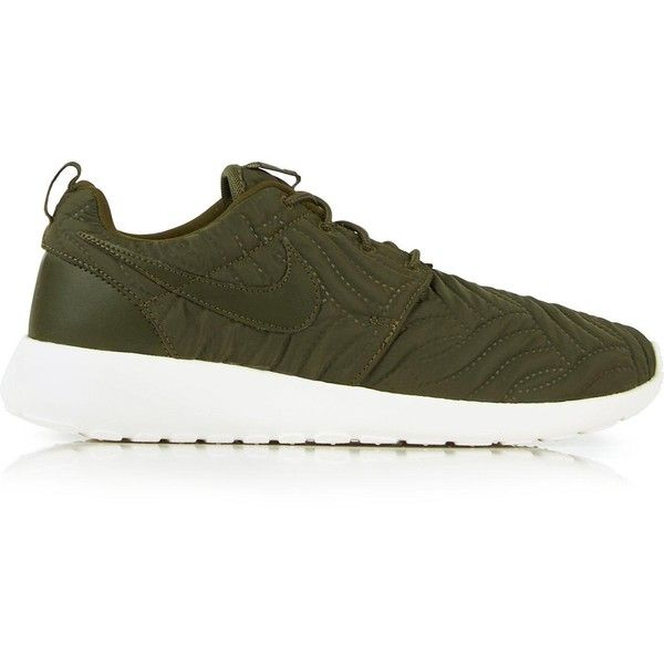 Nike Roshe One Premium Quilted Trainers ($87) ❤ liked on Polyvore featuring shoes, sneakers, khaki, khaki shoes, khaki sneakers, nike footwear, nike sneakers and quilted sneakers