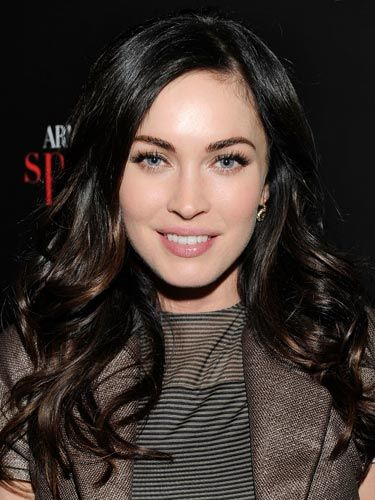 hair color - ultra dark brown, slightly auburn lowlightsHair Colors Ideas, Brunettes Hair, Layered Hairstyles, Dark Hair, Long Hairstyles, Dark Brown, Black Hair, Megan Foxes, Brown Hair