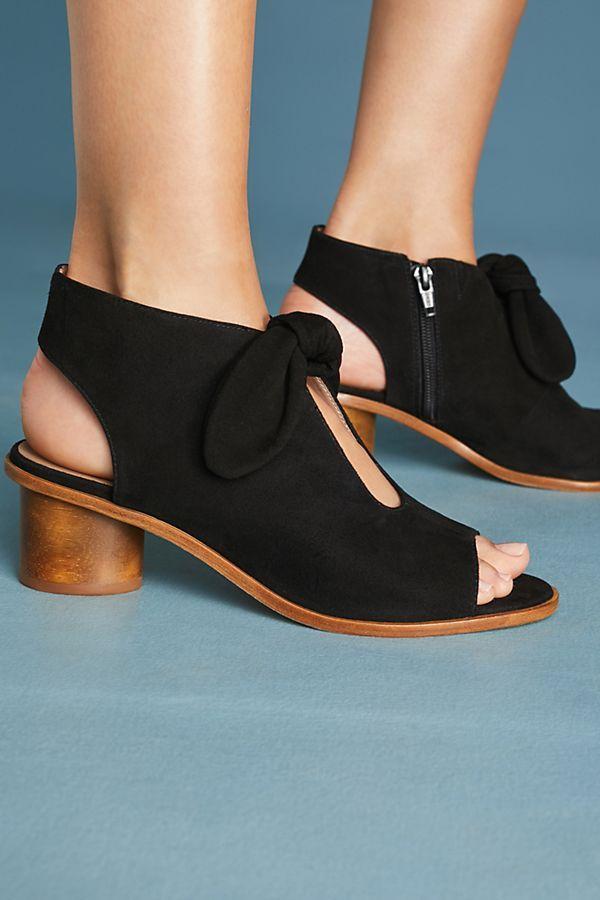 b489b61c5745 Slide View  3  Bernardo Luna Bow Shooties Designer Sandals