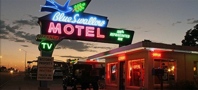 The Blue Swallow Motel is one of the most well-known and easily recognisable motels along Route 66, largely due to its wonderful neon sign.