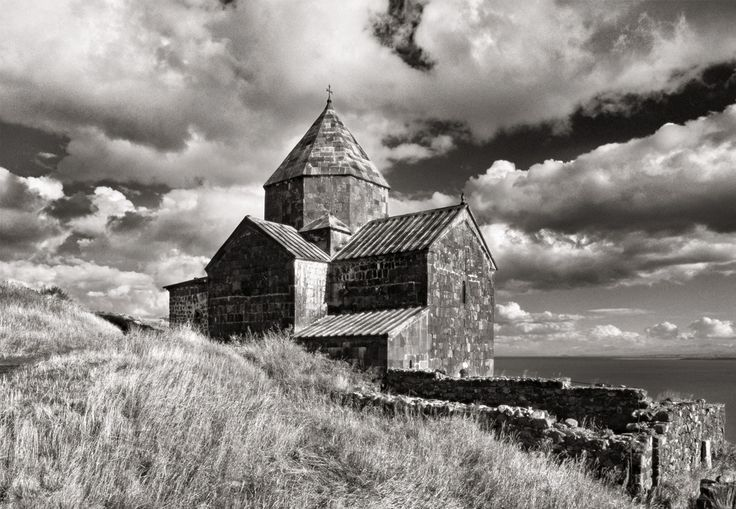 Elio Ciol, Chiesa di S. Astvatzatin, Sevan, Armenia