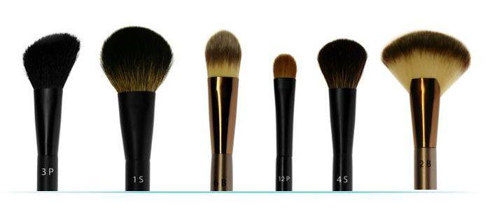 Chcesz, żeby twój makijaż zawsze wyglądał perfekcyjnie? Zamiast kolejnych podkładów i róży, zainwestuj w profesjonalne pędzle do makijażu. W kolekcji  Douglas znajdziesz 3 linie potrzebne do wykonania idealnego makijażu.