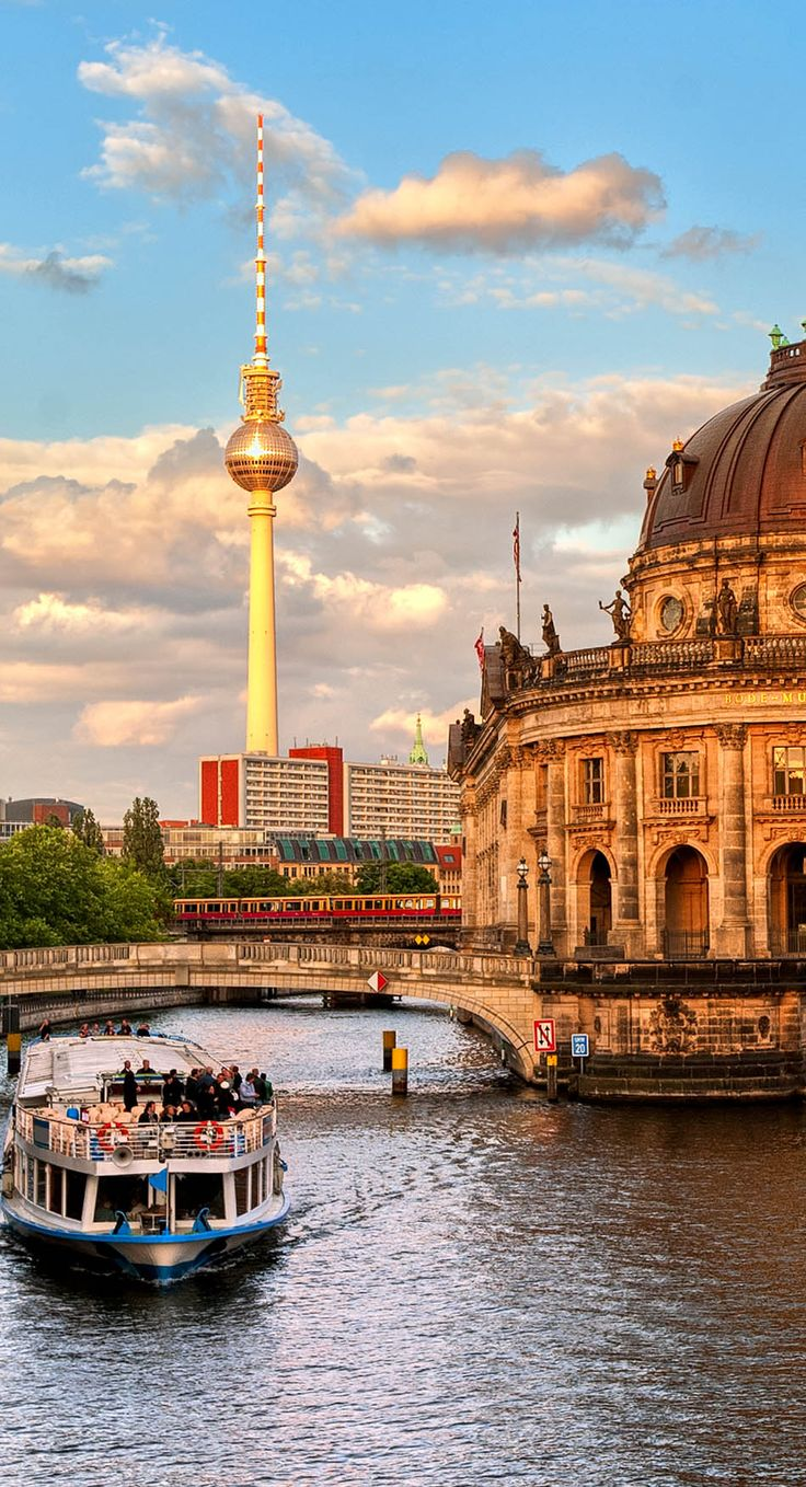 ღღ Great View of Bode museum on Museum Island and TV tower on Alexanderplatz, Berlin/Germany