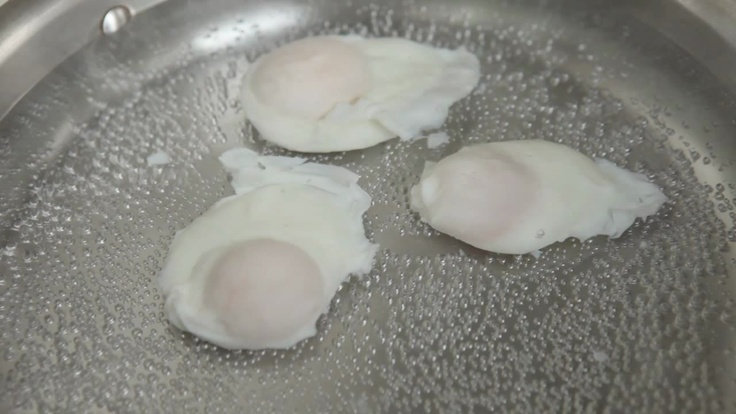 how to cook the perfect poached egg video