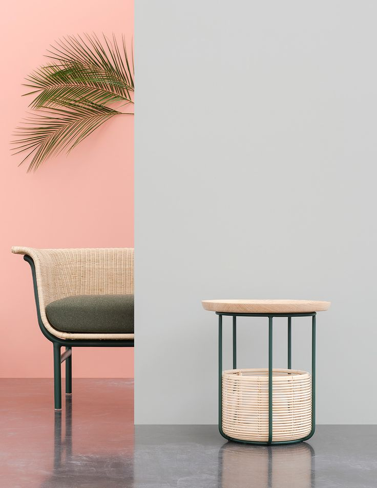 The best of the Belgian design fair, from Maniera chairs to Muller Van Severen tables to a cushy pink sofa by Sylvain Willenz.
