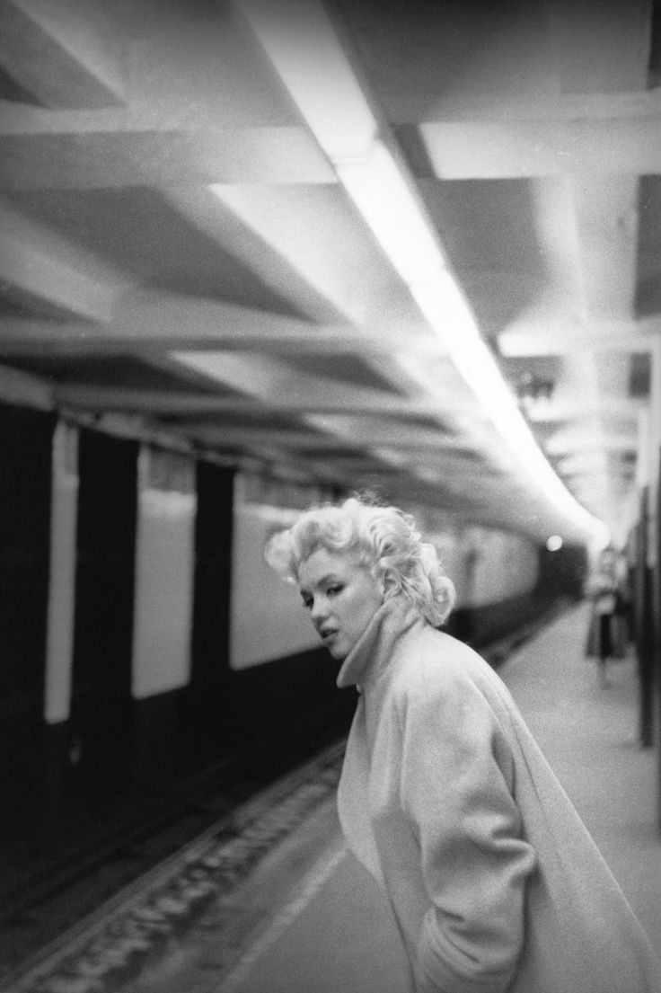 NYC. Marilyn waiting for a subway train