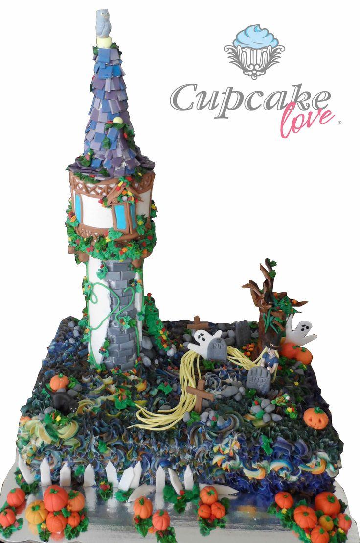 Pastel de Rapunzel en Halloween con frosting, torre y figurillas en fondant. Cupcake Love 2014