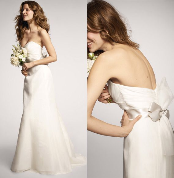 Top 5 Wedding Dress Trends for 2013. #5 - Bows. Amsale Wedding Gown - mazelmoments.com