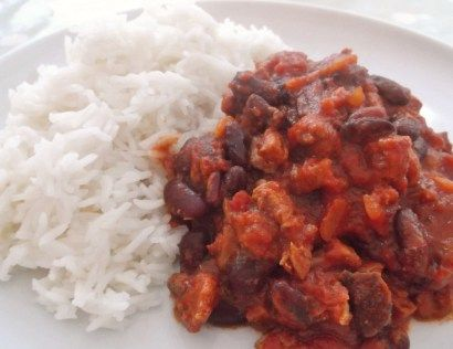 This is a great thing to do with leftover Roast Beef. It's quick, simple and so much tastier than a chilli made with mince. However, if you don't have any leftover roast beef, you can make the same recipe using either minced beef or finely diced beef – just brown the meat first and then … … Continue reading →