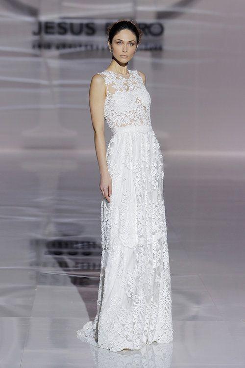 9dd52409c Vestidos de novia para mujeres bajitas  ¡65 diseños para lucir estilizada y  grandiosa! en 2019