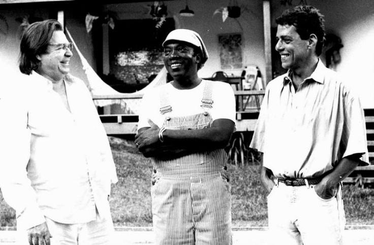 Tom Jobim, Milton Nascimento e Chico Buarque. Por Cristina Granato (1990)