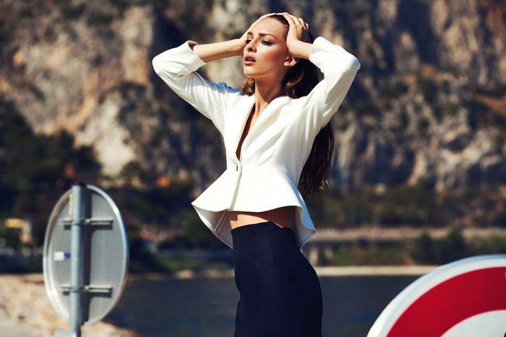 Photography: Zuza Krajewska & Bartek Wieczorek/ LAF AM Styling: Michał Kuś / Pani Magazine Make up: Wilson / Warsaw Creatives Hair: Michał Bielecki / Warsaw Creatives Model: Daga / Model Plus Yacht: DAMRAK II/ Courtesy of Sunreef Yachts