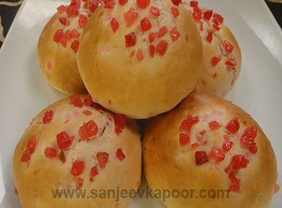 Sweet Buns - Soft and spongy tutti fruity studded buns with a lingering sweet taste.