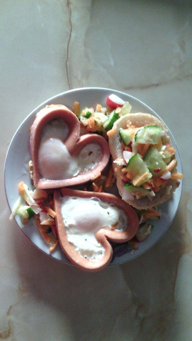 Mic dejun pentru Ziua Indragostitilor