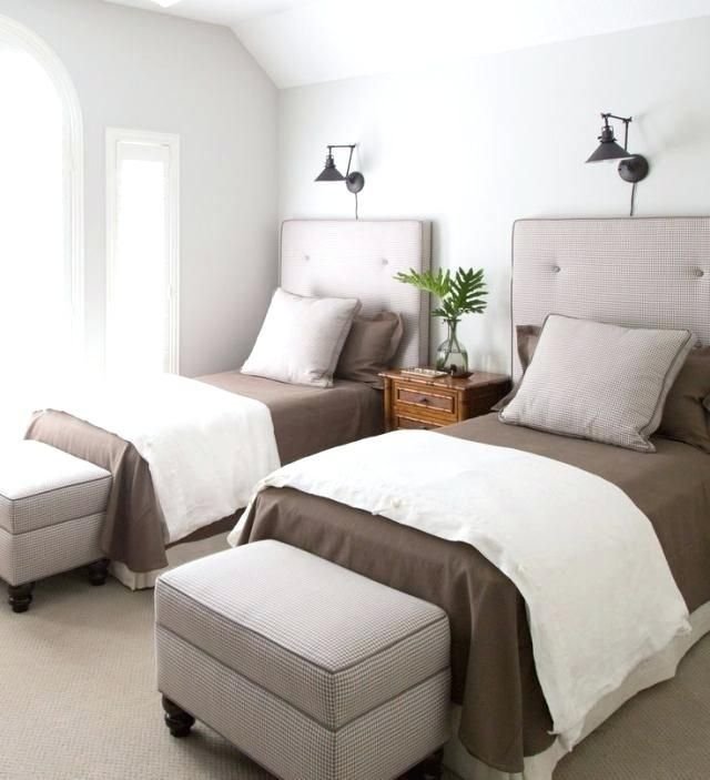 3 Twin Beds In One Room 2 Twin Beds 4 Revealed My Sons Bedroom Is Remodeled Into Bedroom Beds Remo In 2020 Small Guest Bedroom Twin Beds Guest Room Bedroom Design