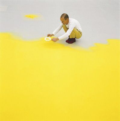 Wolfgang Laib working with pollen