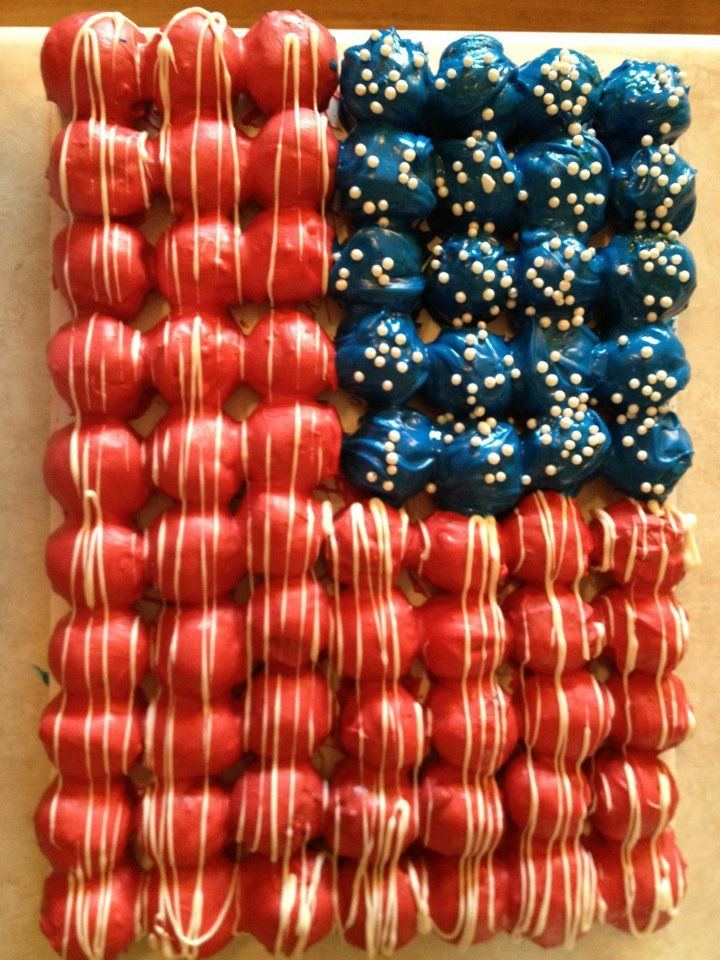 4th of July Oreo balls ;) now I know what I'm taking to the Eatons Thursday!