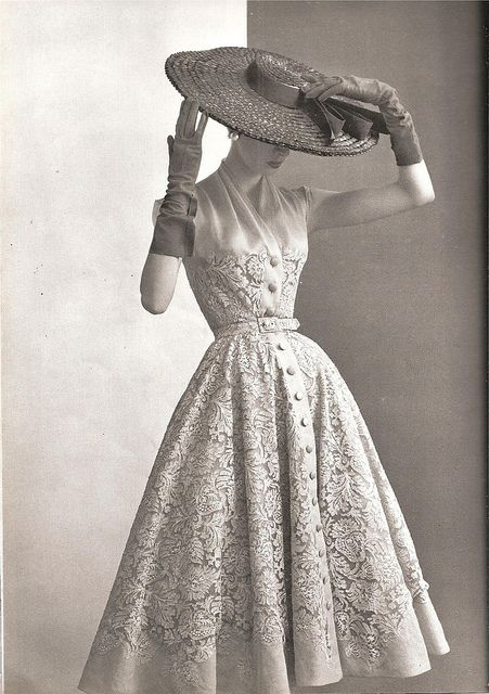 Balmain, 1953 - for the life in which I wouldn't feel idiotic in a massive hat and also inexplicably find myself with a 13-inch waist.