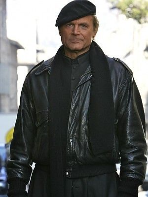 Terrence Hill as Don Matteo.  Wow the genetics really worked out for this guy, eh?  And it could be a reason why I watch this show, that and the sunny Tuscan vistas!
