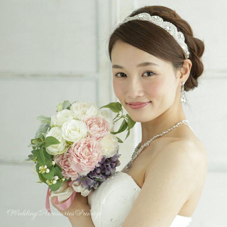 リボンカチューシャ ウェディング ブライダルアクセサリー 花嫁 ヘアスタイル 画像