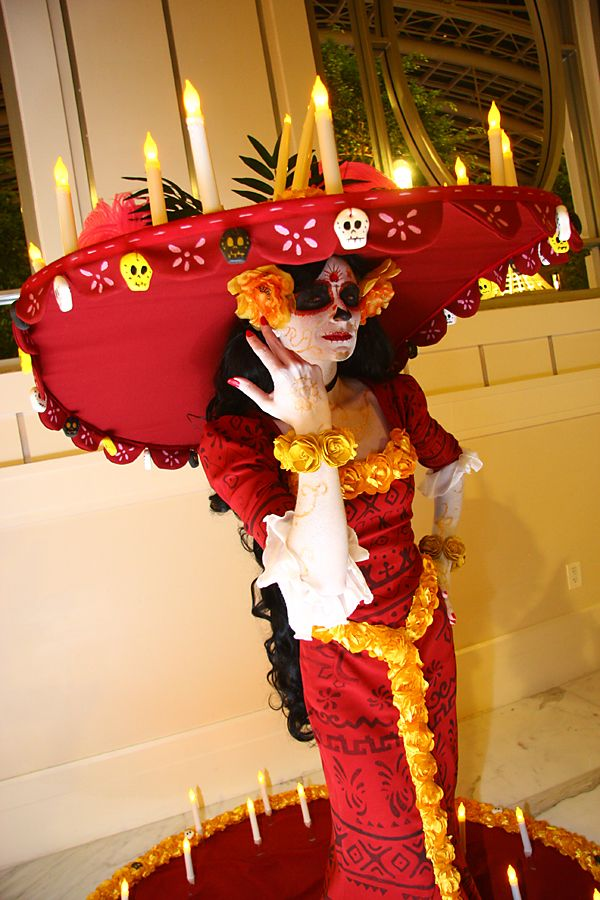 La Muerte from The Book of Life. Costume constructed by me. Facebook Page: Lady Ava Cosplay Instagram: ladyavacosplay Construction time: 4 months Make-up By: LuckyGrimCosplay Photos #1-2: JL7...
