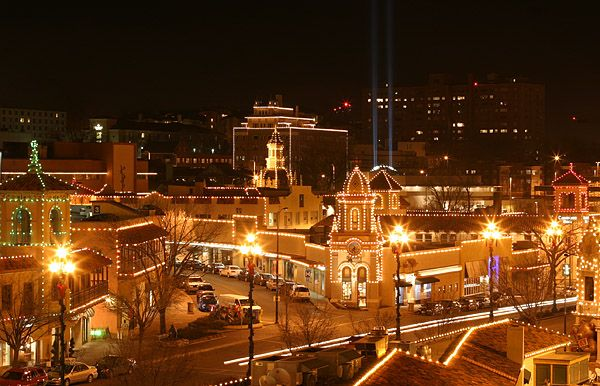 Plaza Lights.: Favorite Places, Kansas City, Club Plaza, Christmas Lights, Country Club, Travel, Cities Plaza, Kansas Cities Missouri, Plaza Lights