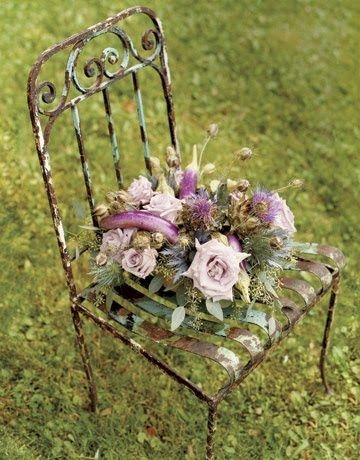 old fashioned rusty chair – 4Rustic Garden