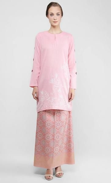 Kemboja Merah Jambu Bunga Pua Baju Kurung with Songket Permata in Rose Quartz