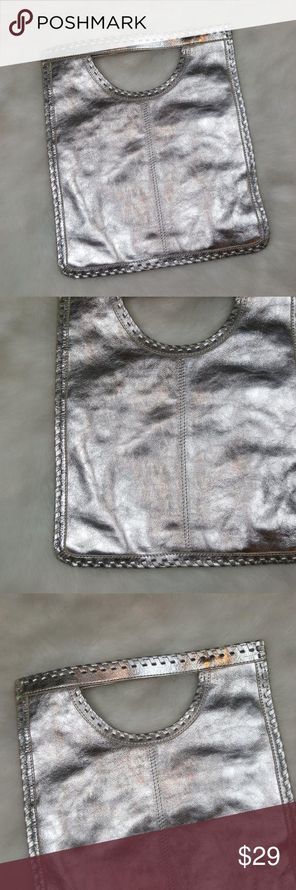 Chico's bag 👗Excellent condition. 12x14 Chico's Bags Satchels