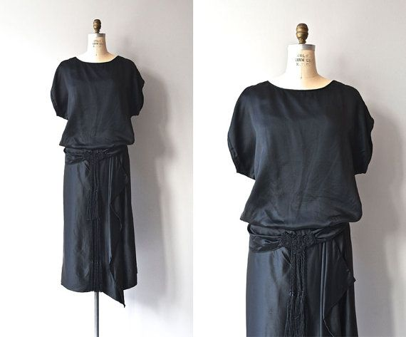 Hey, I found this really awesome Etsy listing at https://www.etsy.com/listing/209791515/metropolitan-aire-dress-1920s-silk-dress