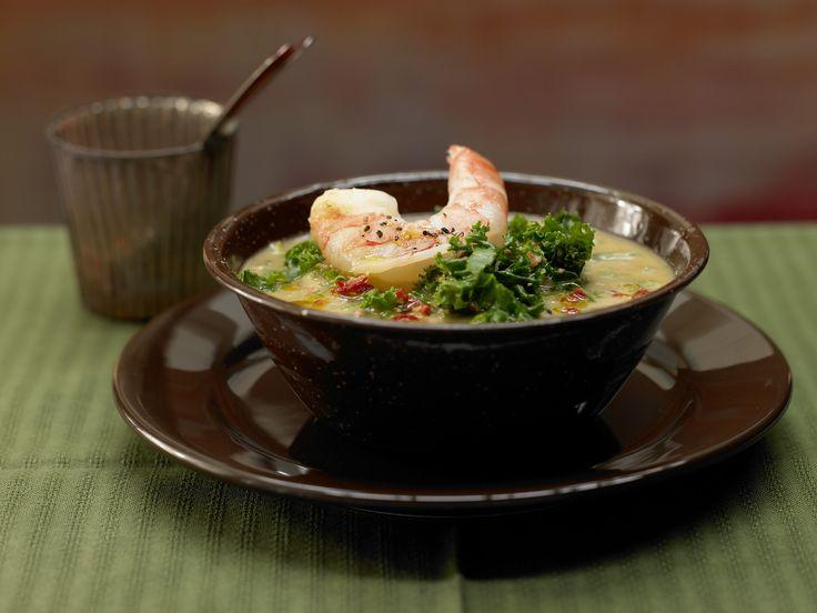 Portugiesischer Grünkohl-Eintopf - mit Garnelen - smarter - Kalorien: 380 Kcal - Zeit: 1 Std.  | eatsmarter.de Grünkohl schmeckt auch als Auflauf.