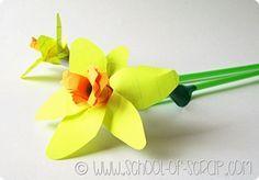 Per la festa della mamma ci vogliono i fiori, siccome io amo i fiori recisi (ma odio vederli morire nei vasi) ogni anno a maggio penso a qualche idea per realiz