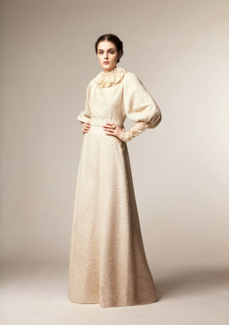 Beautiful modest A La Russe fashion winter 2013 collection | Mode-sty