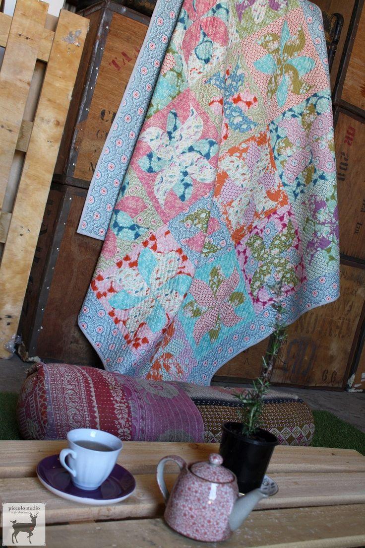 www.piccolostudio.com.au Tilda Harvest quilt using the Tumbleweeds quilt pattern