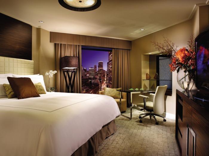✔ Giá từ: 6,541,000 VNĐ __________  ★ Số sao: 5 _____________________  ☚ Vị trí:  George Street, The Rocks ___  ❖ Tên khách sạn: Four Seasons Hotel Sydney ________________________ ∞ Link khách sạn: http://www.ivivu.com/vi/hotels/four-seasons-hotel-sydney-W20307/  ∞ Danh sách khách sạn ở Sydney: http://www.ivivu.com/vi/hotels/chau-dai-duong/uc/sydney/all/1/