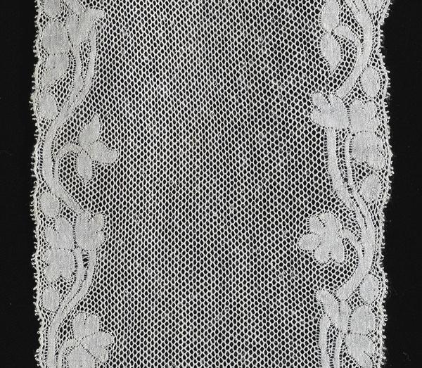Lappet, Valenciennes bobbin lace, with plaited mesh, c.1800. France.