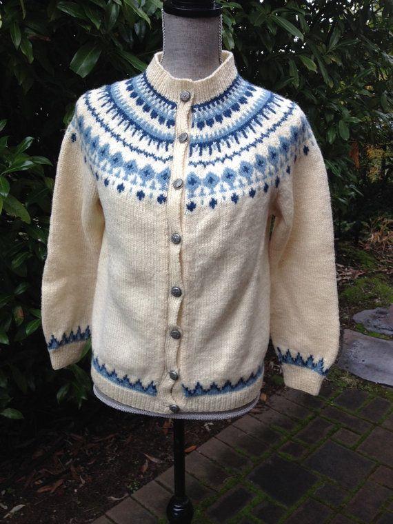 Husfliden, Norwegian sweater hand knitted in Arendal, Norway. Size S/M