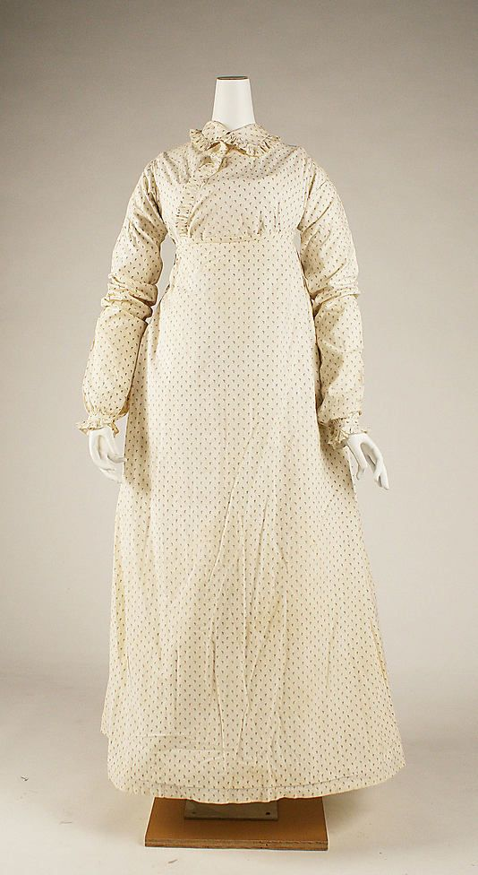 Dress, Morning, 1815–18, British, cotton - in the Metropolitan Museum of Art [Click through for close-up picture of the print.]