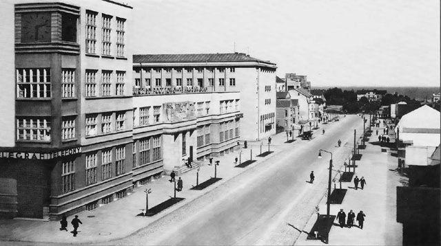Urząd Pocztowo-Telegraficzny (Obecnie Poczta Główna), ul. 10 Lutego 10 – MODERNIZM GDYNIA Szlak modernizmu